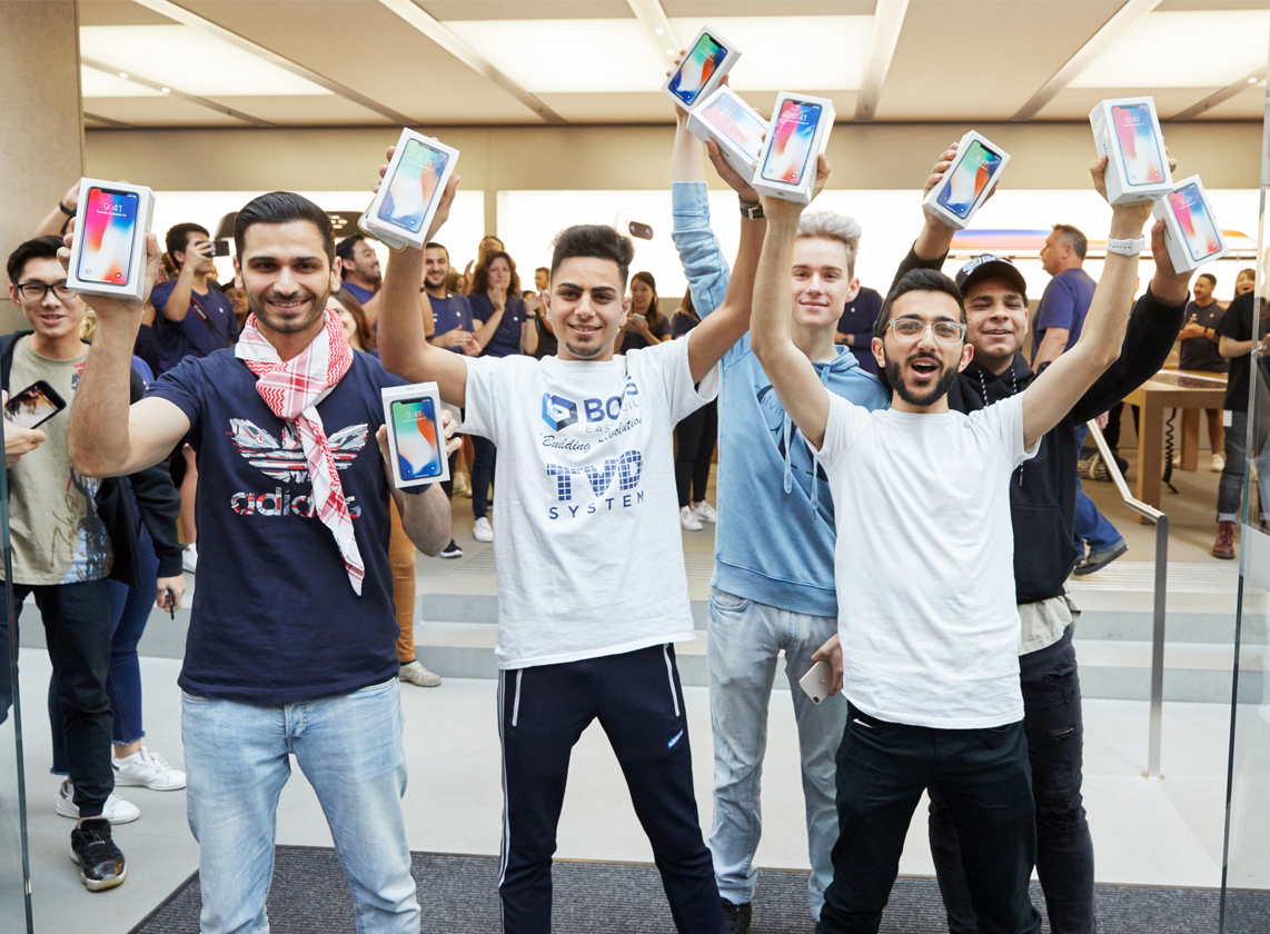 Iphone X Launch Day Photo 13