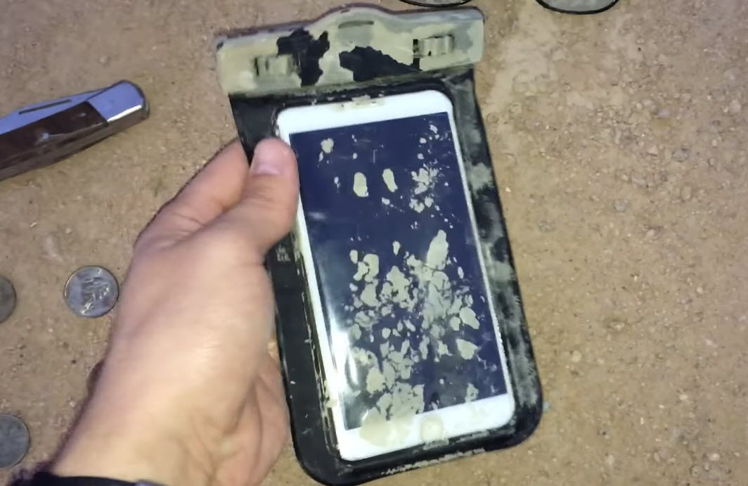 Underwater Detected Iphone 6s Plus 4