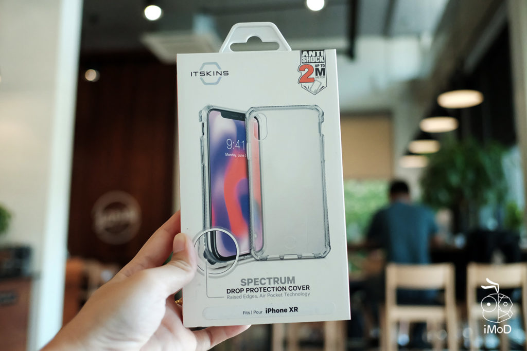 Itskins Spectrum Case Iphone Xr Review 1